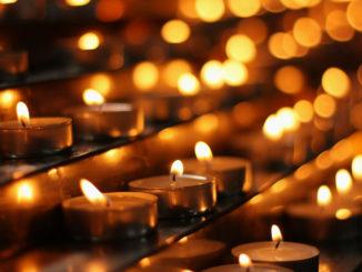 Kerzen in der Kirche Kandern