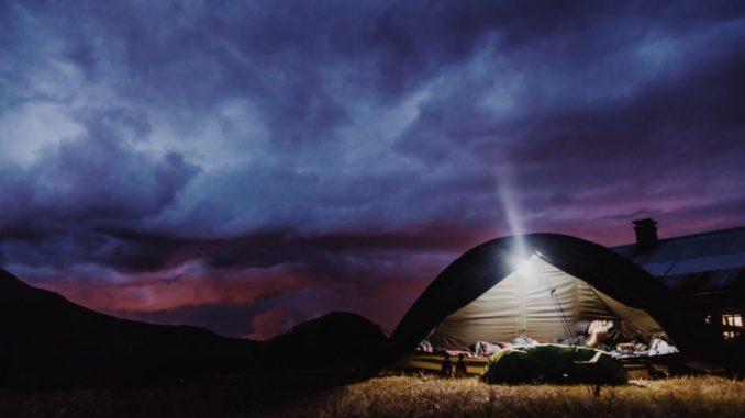 Zelt unter den Sternen